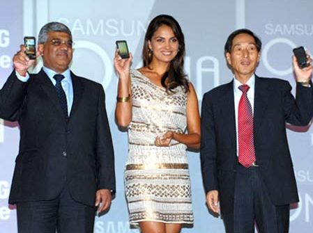 SAMSUNG INDIA UNVEIL OMNIA HD AND OMNIA PRO MOBILE PHONE