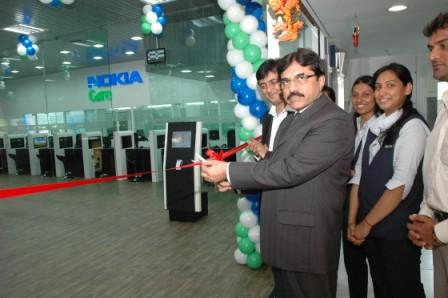 Inaguration of the Nokia Care Experience Centre by Mr. Sudhir Kohli, Director Customer Care, India