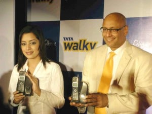 TATA Indicom Introduces New Tariff Pland and Handset for Walky