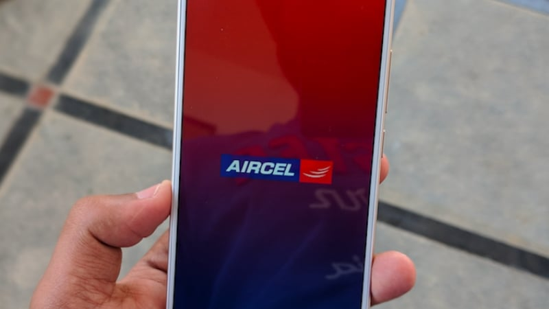 aircel-rcom-payments-delay