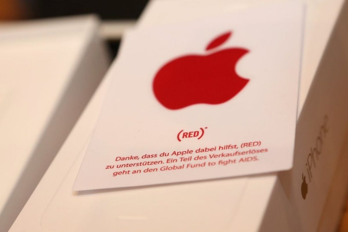 Apple Special Red Smartphone